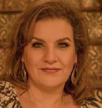 Maggie Amado Tellez